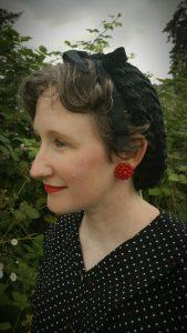 """DIY 1940's """"Snood"""" Hair Net"""