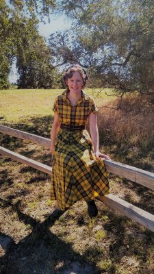 Plaid Dress Re-Fashion!