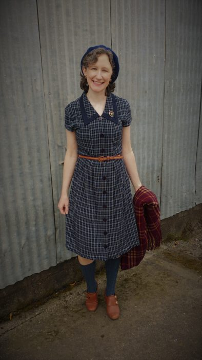 Plaidvember- 1940s Dress Refashion